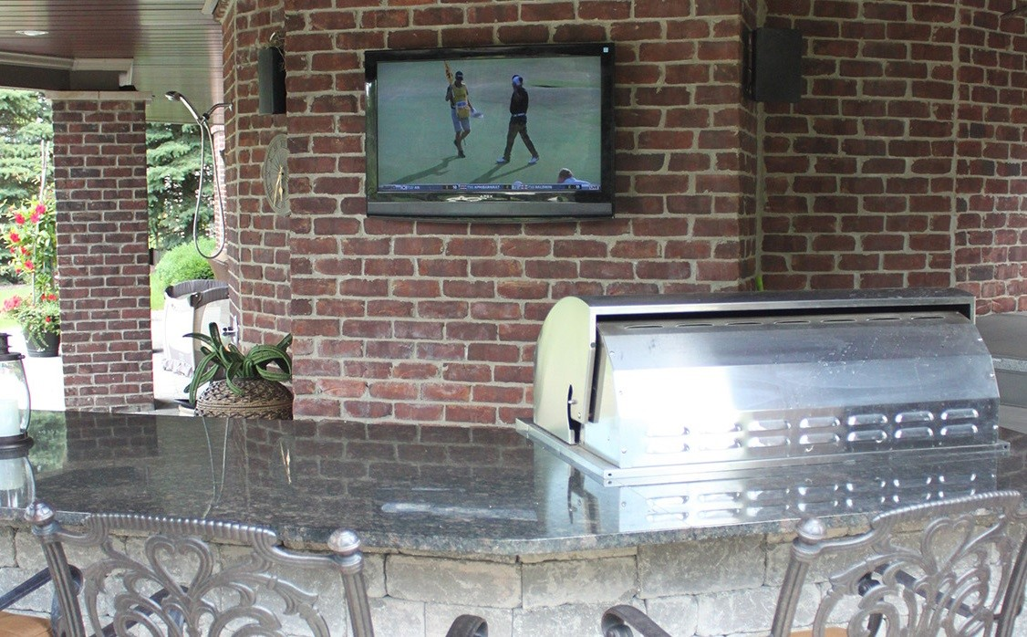 Enjoy More Entertainment Outdoors With a Home Theater Installation