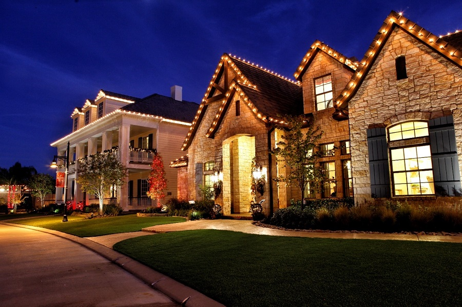 How Home Lighting Control Makes for a Happier Holiday Season